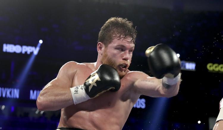 'Canelo' se enfrentará al británico Rocky Fielding