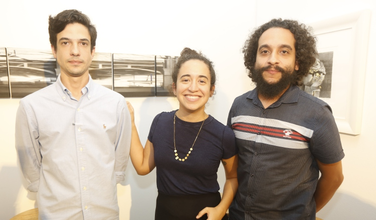 1.  Andrés Vargas, Ana Berta Carrizo y Arnulfo Caparo.