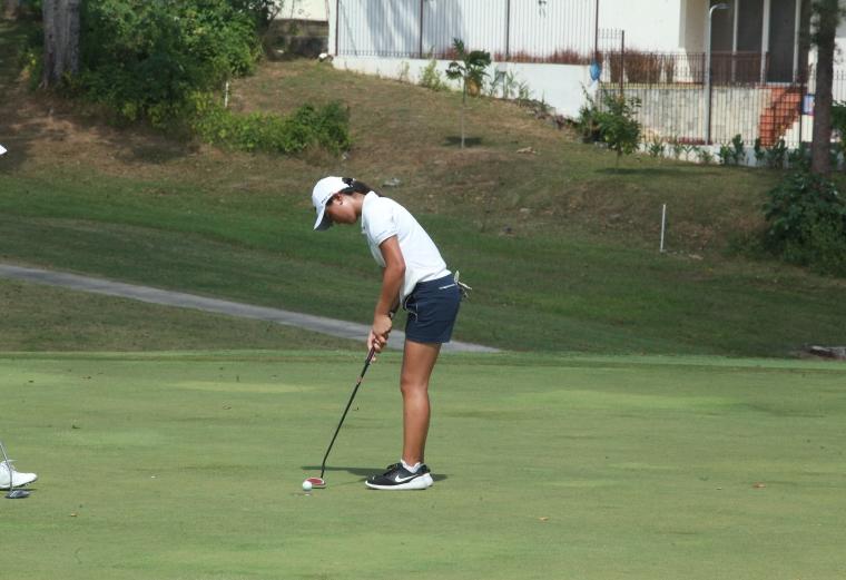 5. Jazmine Yon de Guatemala  domina la categoría 15-18 femenina