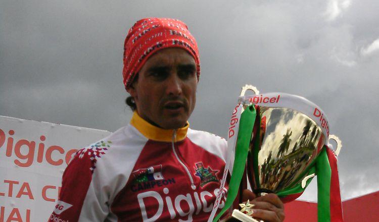 Oscar Sevilla defiende su título