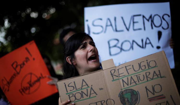 Denuncia criminal por la intervención en isla Boná