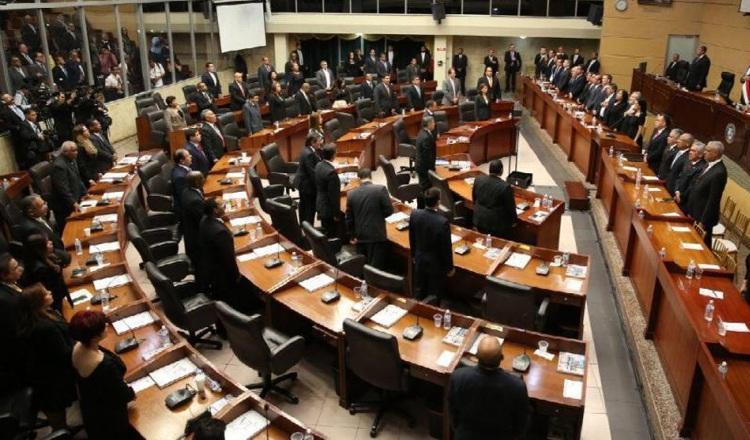Hemiciclo parlamentario podría tener más diputados. Archivo
