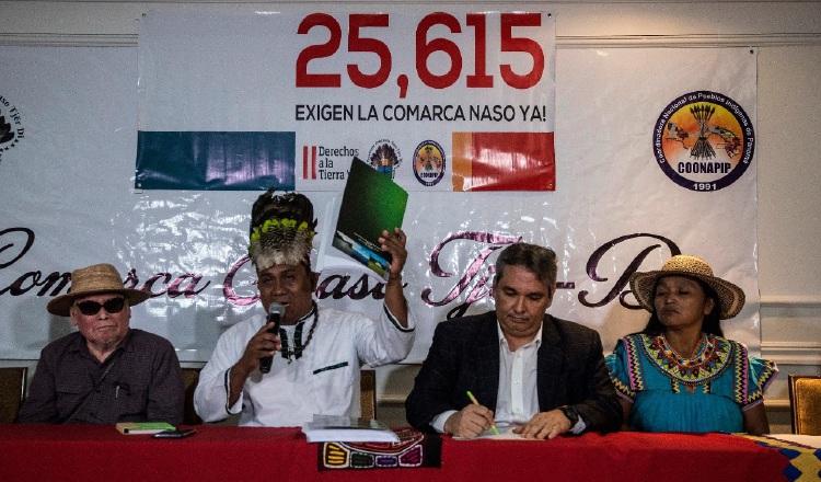 Firmas de apoyo a creación de la comarca Naso