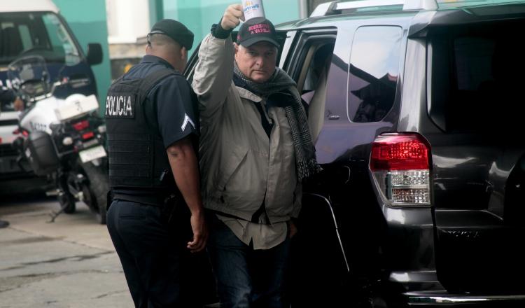 Auditoras de Contraloría desvinculan a Ricardo Martinelli de compra de equipos