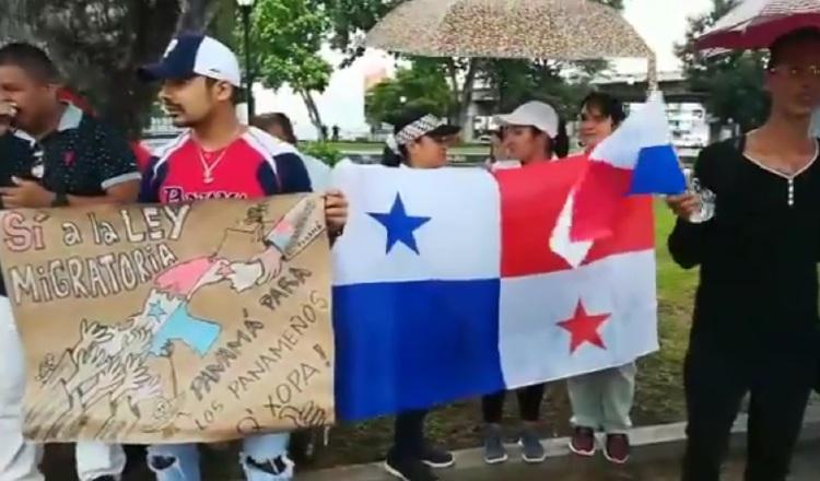 Apoyan anteproyecto de ley sobre control migratorio de la diputada Zulay Rodríguez