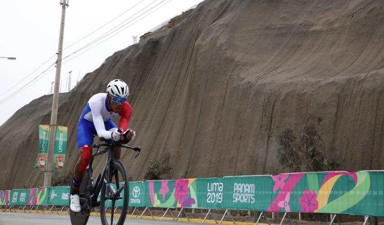 Víctor Hugo Peña da un consejo valioso al ciclismo panameño