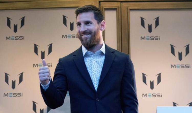 Leo Messi lanza una colección de ropa con los colores del Barcelona y Argentina