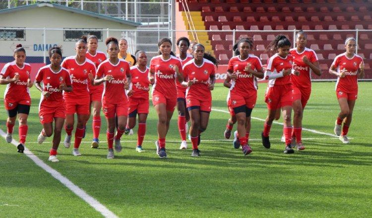 Raiza Gutiérrez, entre fichas jóvenes y veteranas en la selección femenina de fútbol