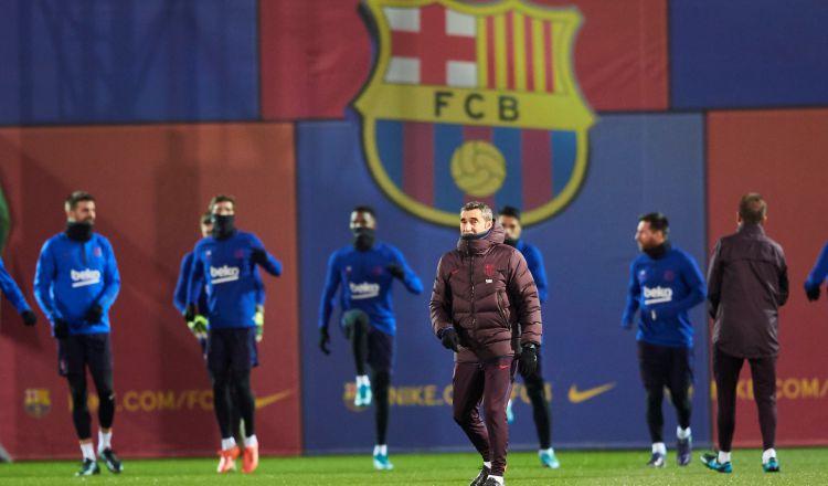 Barcelona va  de tú a tú ante el Espanyol