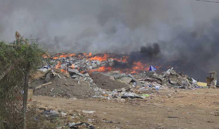 Se incendia vertedero  de Chitré