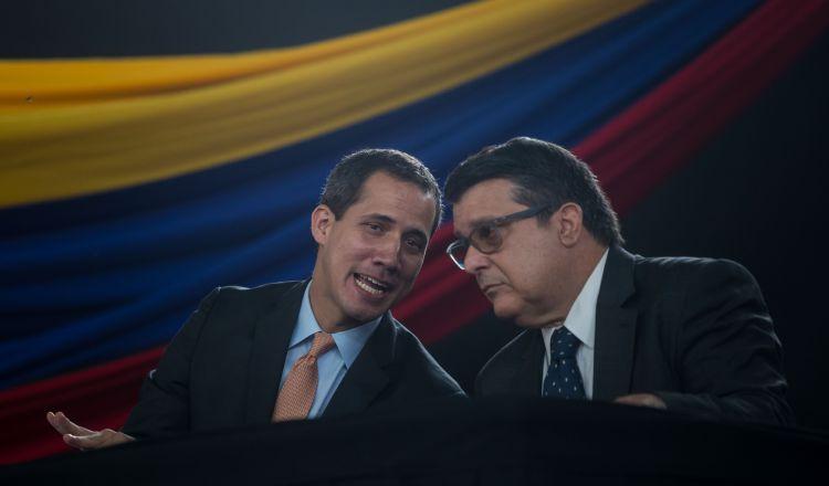 Juan Guaidó viaja a Colombia