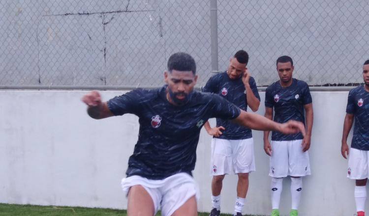 'Gavilán' Gómez dice que la edad es solo un número y no viene a pasear en la LPF