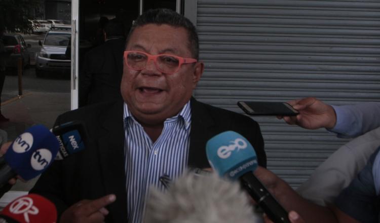 Abogado Justino González amplía su denuncia por helicópteros para el Senan