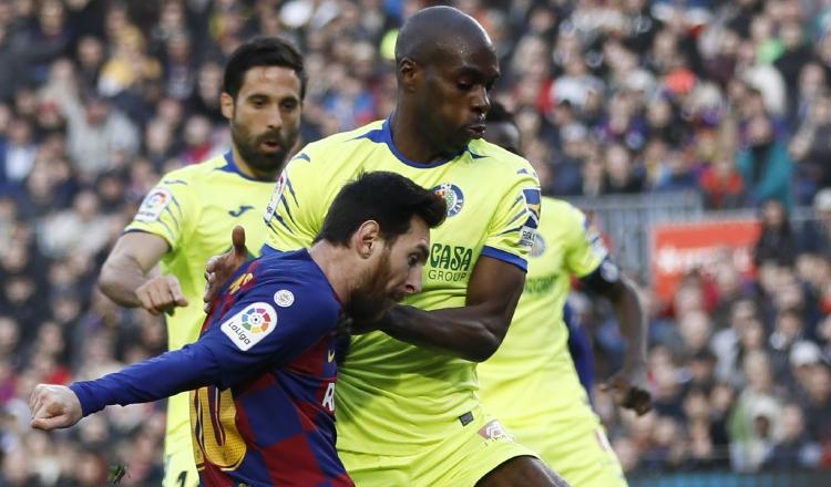 Setién tras sufrida victoria: 'Silbidos en el Camp Nou son por nervios'