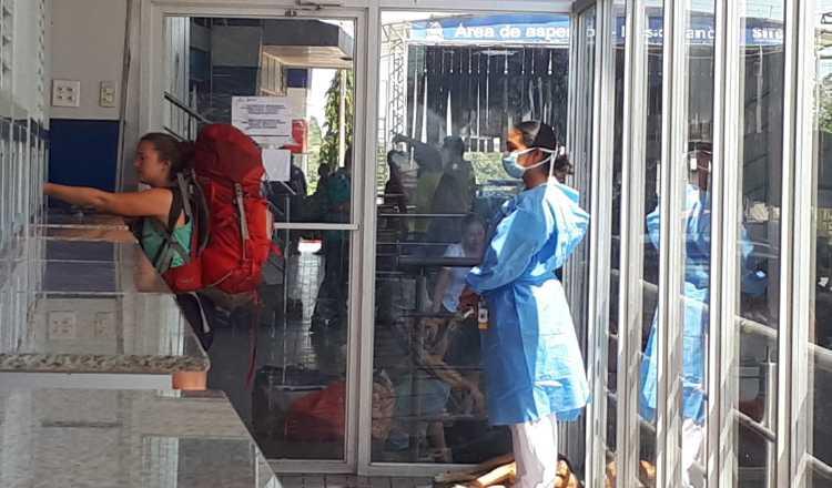 Adecuan salas de aislamiento en caso de coronavirus en Azuero