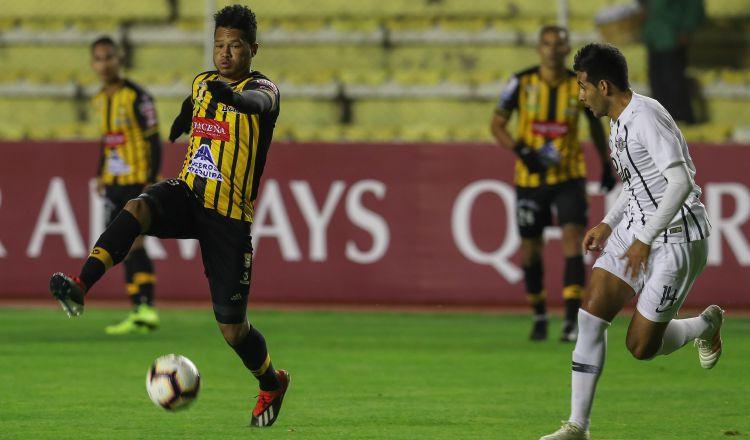 Rolando 'Toro' Blackburn    pierde la titularidad en Bolivia