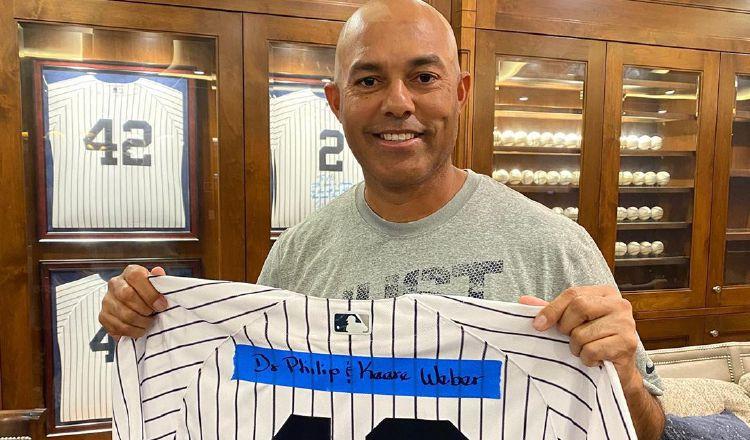 Mariano Rivera, agradecido con los médicos que luchan contra el COVID-19
