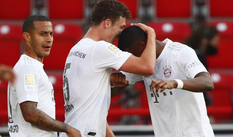 COVID-19 pone bajo la lupa abrazos en la Bundesliga