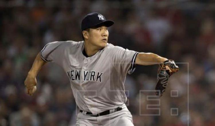 Masahiro Tanaka regresa al campo de entrenamiento luego de golpe en la cabeza