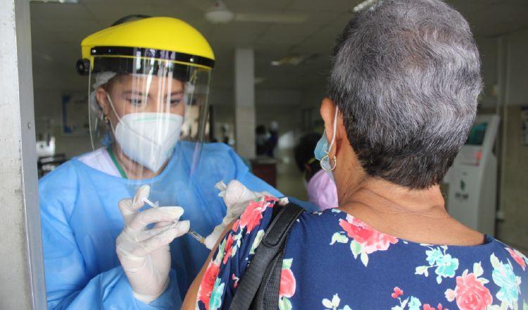 Inmunidad de la vacuna contra el nuevo coronavirus debe ser de entre 6 a 12 meses, requisito que exige la OMS