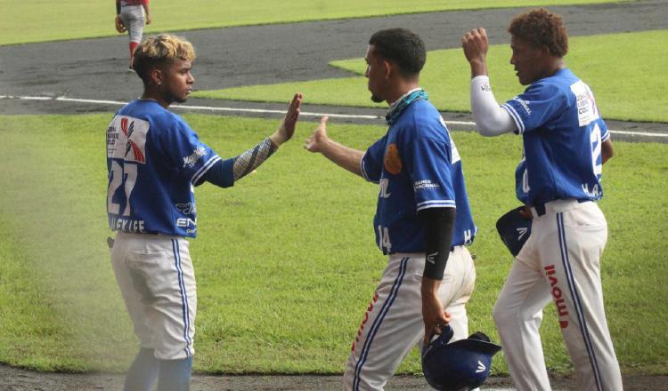 Colón sorprende; Herrera y Chiriquí pegan en el béisbol mayor