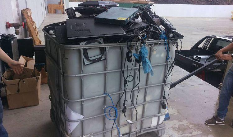 Desechos electrónicos envenenan los vertederos en Panamá