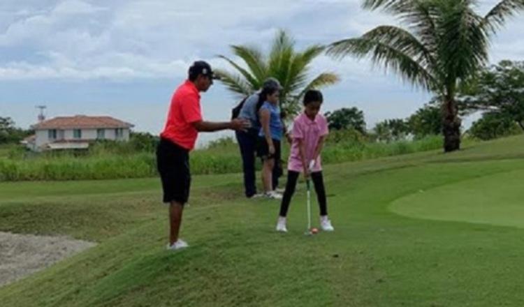 Nicolau y Fasano dieron buenos golpes en el golf Kiwanis