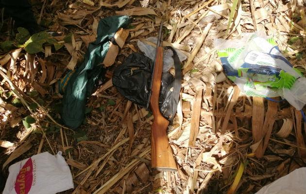 En Boquete fueron ubicados dos rifles calibre 22. Foto: Mayra Madrid.