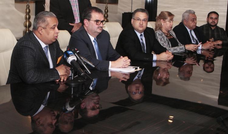 Presentarán querellas penales por falsedades sobre fallo en caso de Ricardo Martinelli