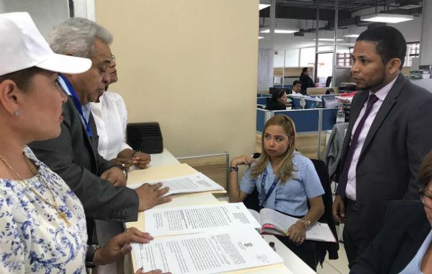 Solicitan que Eduardo Valdés Escoffery y Alfredo Juncá se declaren impedidos en casos contra Ricardo Martinelli