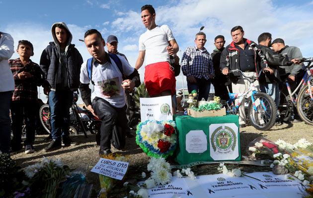 Colombia pide a Cuba que arreste a 10 líderes del ELN por el atentado en Bogotá