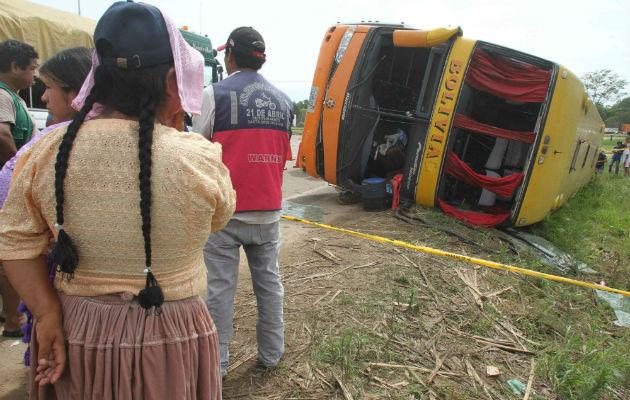 Accidente de autobús en Bolivia deja 22 personas fallecidas, doce heridas