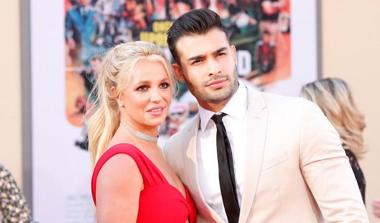 Britney Spears junto a su novio Sam Asghari. EFE