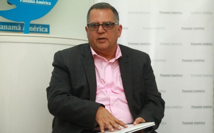 Presidente del Comité Olímpico señala la ironía de Pandeportes con facturas