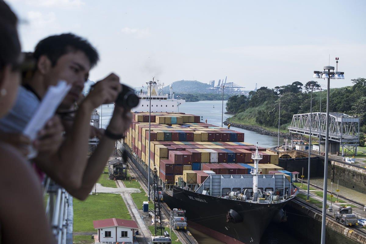 El Canal de Panamá ha aportado al Tesoro Nacional más de $13,300 millones