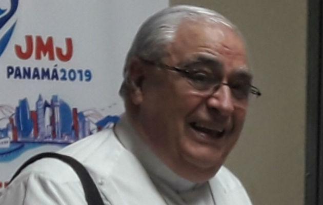 Cardenal Lacunza presentará su renuncia, pero no dejará la iglesia