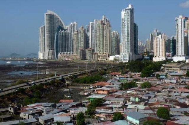 La Cepal, según el texto, ha proyectado que la pobreza haya bajado al 29,6 % de la población, equivalente a 182 millones de personas, a fines de 2018.