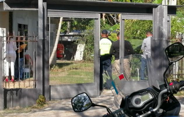 El vehículo tipo pick up fue ubicado en la parte trasera de una vivienda en Chame.