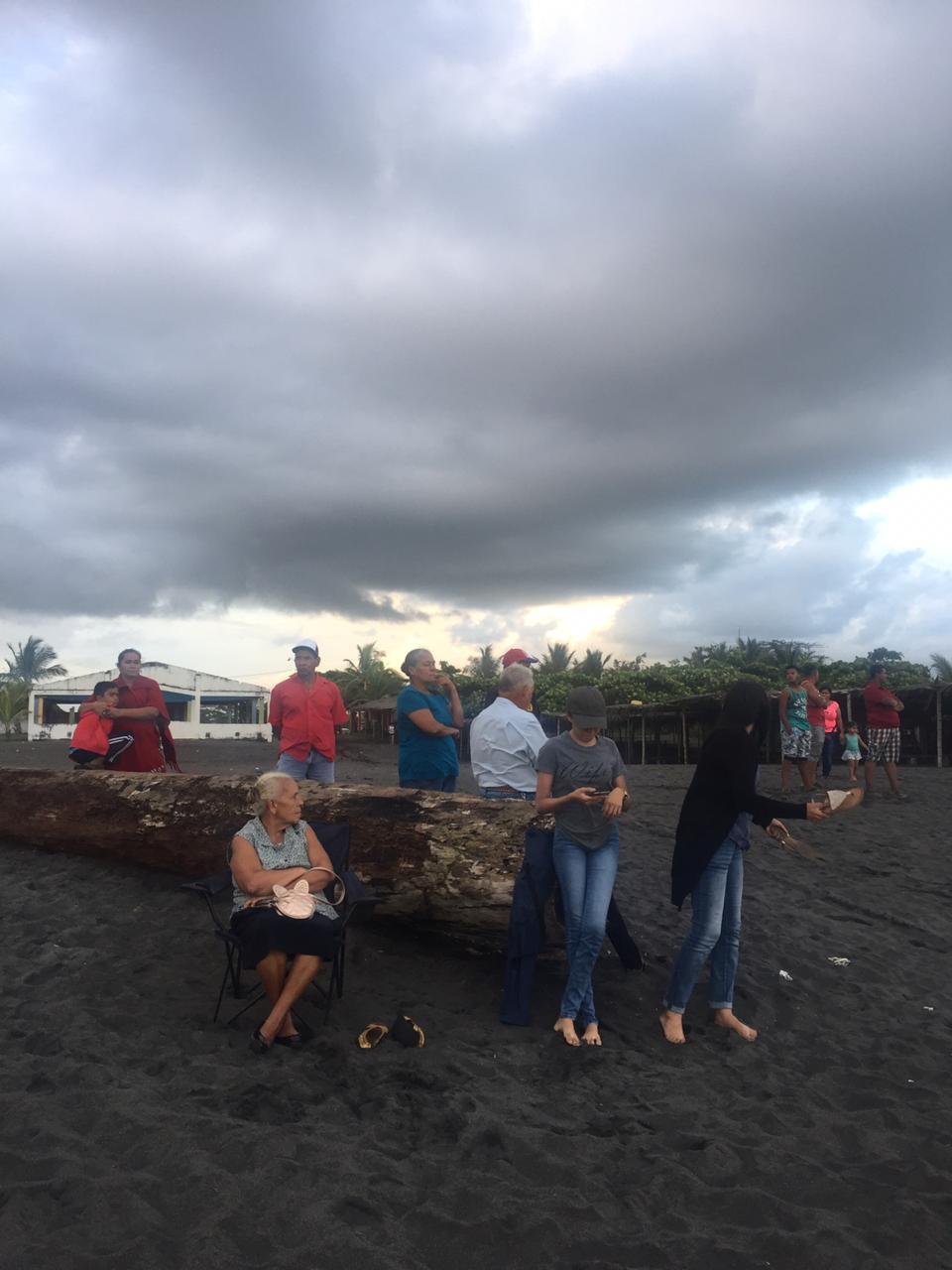 Buscan a joven desaparecido desde hace varios días en playa La Barqueta