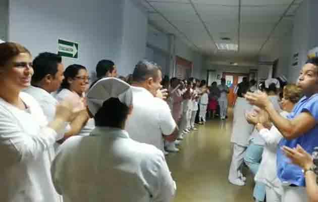 Protestan por la falta de aire acondicionado en el hospital Rafael Hernández