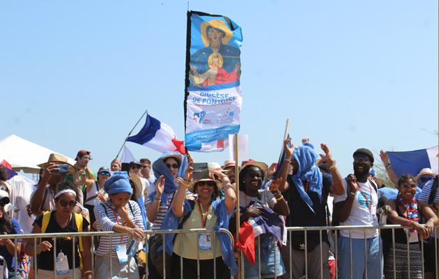 Más de 500 peregrinos regresan a Chitré para la post jornada de la juventud