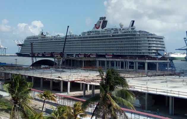 Turismo incrementa sus acciones para reforzar a los guías turísticos en Colón