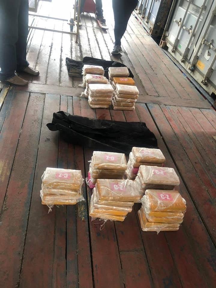 Incautación de droga y un detenido en dos operativos antidrogas en Colón
