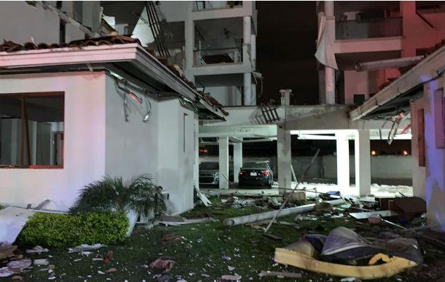 Fuga de gas pudo ser la causa de explosión en edificio de Costa Sur