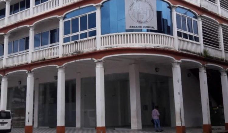 Detención por privación de libertad en centro comunitario de Colón