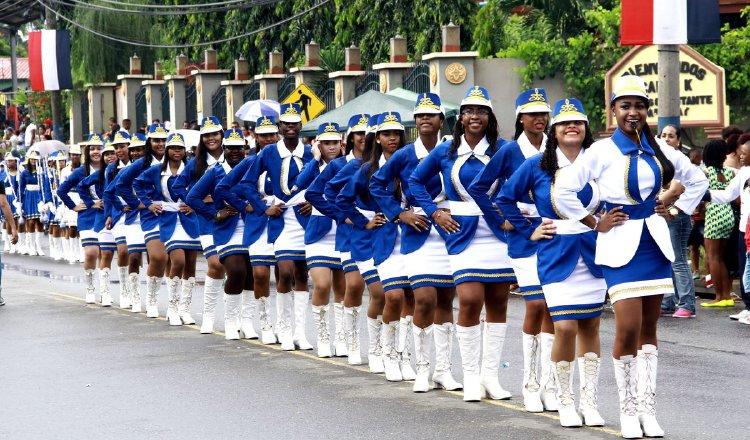 Buscan orden y disciplina durante los desfiles patrios