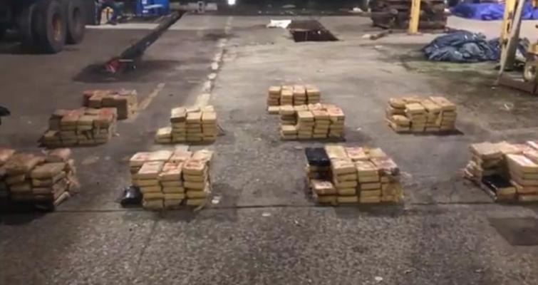 Incautan cerca de 390 paquetes de sustancias ilícitas en operativos en Colón y Chiriquí