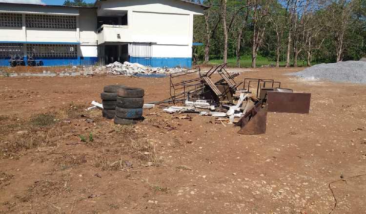 Colegios Francisco Morazán y Benigno Argote no iniciarán clases. José Vásquez.