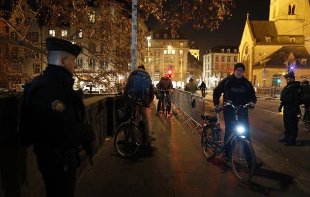 La policía francesa pide ayuda a la población para hallar al terrorista