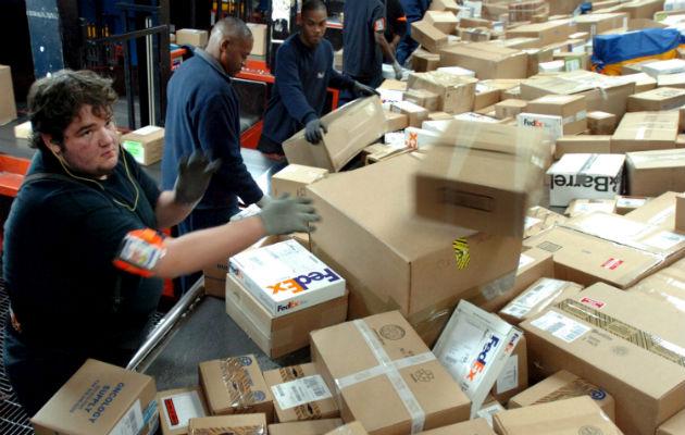 FedEx cancela sus planes de envío de paquetes desde Miami a Cuba